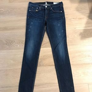 Rag & Bone Skinny Jeans size 28